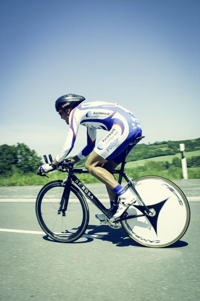 T0018「仕事をしながら80歳まで自転車を続けていきたい。スポーツを通して少しでも多くの人がその魅力に気づいてそれを継続してやって行って欲しい」